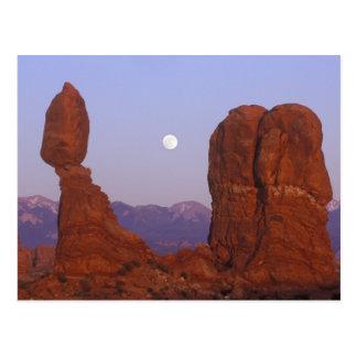 USA, Utah, Arches NP, Full Moon Rising at Postcard