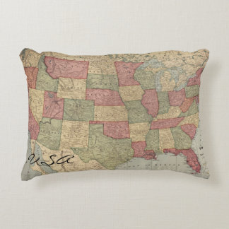 USA Vintage Map Throw Pillow