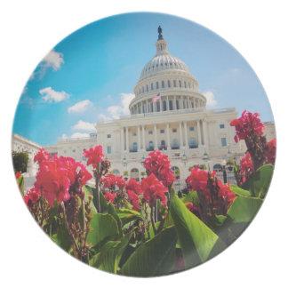 USA, Washington DC, Capitol Building Party Plates