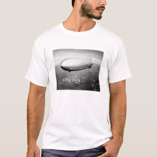 USS Macon Over NYC 1933 T-Shirt