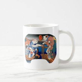 Utagawa country 芳 'enjoying the cool air of cat' coffee mug