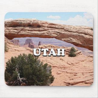 Utah: Mesa Arch, Canyonlands National Park, USA Mouse Pad