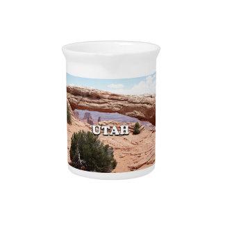 Utah: Mesa Arch, Canyonlands National Park, USA Pitcher