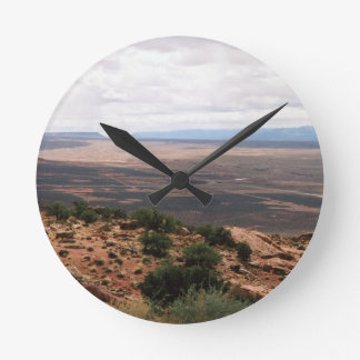 Utah Valley Round Clock