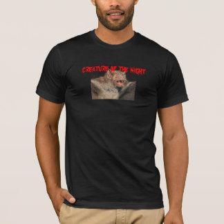 vampire, creature of the night T-Shirt