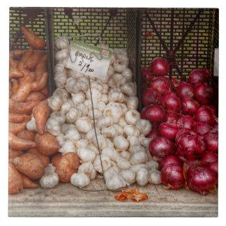 Vegetable - Sweet potatoes, Garlic, and Onions Tile