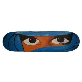Veiled woman into blue 20.6 cm skateboard deck