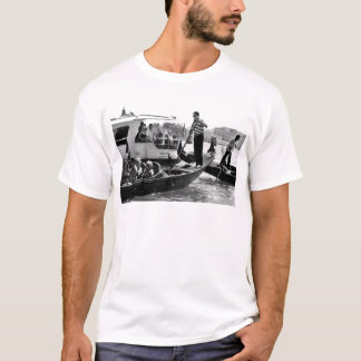 VENICE GONDOLIERS IN BLACK AND WHITE T-Shirt