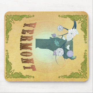 Vermont Map With Lovely Birds Mouse Pad