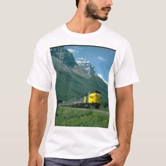 Via FP-7 #6302 leads Train #2_Trains T-Shirt