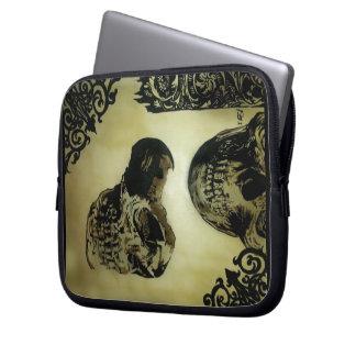 Victorian Med. Skull Pop. Laptop/Electronics Bag Laptop Sleeves
