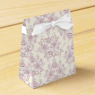 Victorian,soft yellow, soft pink,floral,pattern,vi favour box