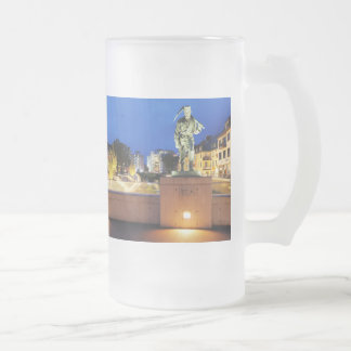Victories miner Henner on the victory bank Frosted Glass Beer Mug