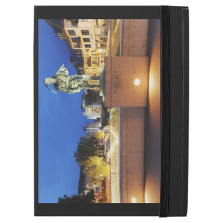 "Victories miner Henner on the victory bank iPad Pro 12.9"" Case"