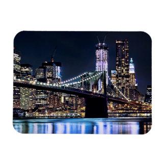 View of New York's Brooklyn bridge reflection Magnet