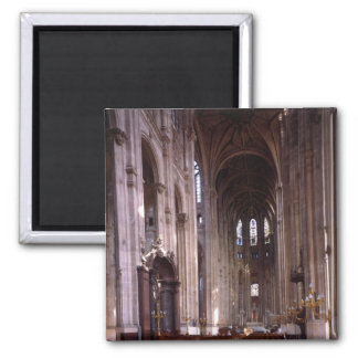 View of the nave, 1578-1637 square magnet