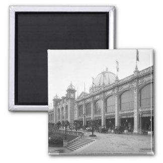 View of the Palais des Beaux-arts Square Magnet