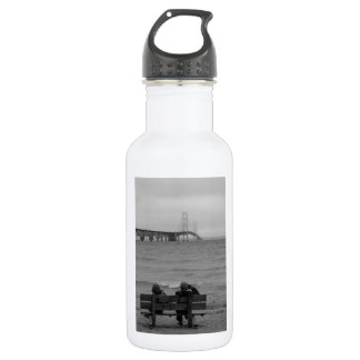 Viewing Mackinac Bridge Grayscale 532 Ml Water Bottle
