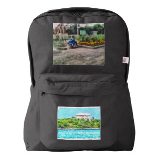 Villa set in greenery in the Bahamas Backpack