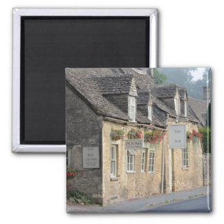 Village pub in the Cotswolds Magnet