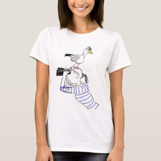 Vilnia and its seagull. T. 2 T-Shirt