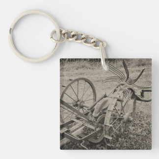 Vintage agricultural machine key ring