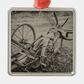 Vintage agricultural machine metal ornament