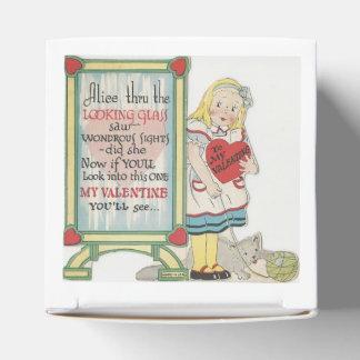 Vintage Alice In Wonderland Valentine Party Favour Boxes