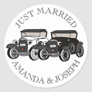 Vintage Antique Car Just Married Classic Round Sticker