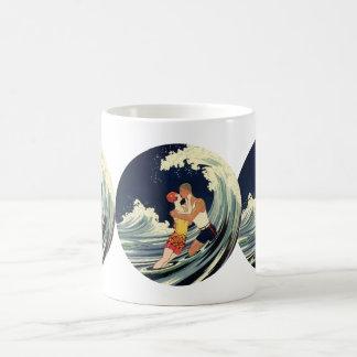 Vintage Art Deco Love Romantic Kiss Beach Wave Basic White Mug