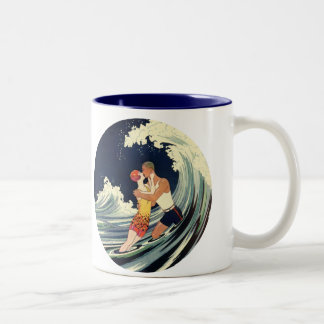 Vintage Art Deco Love Romantic Kiss Beach Wave Coffee Mugs