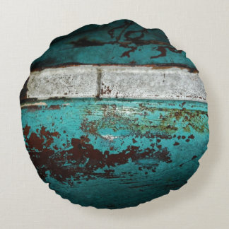 Vintage auto 50's teal rusted Close up Round Cushion