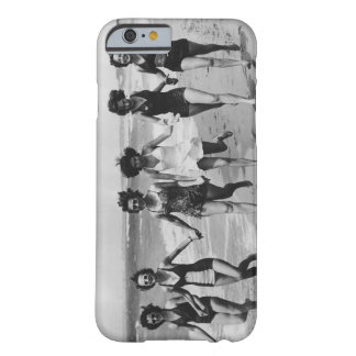 Vintage Beach Girl Friends Running On The Beach Barely There iPhone 6 Case