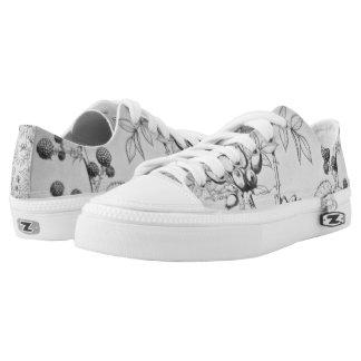 Vintage Black & White Floral Etching Printed Shoes