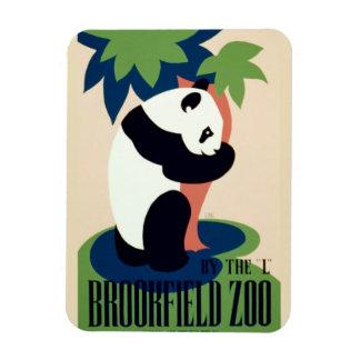 """Vintage """"Brookfield Zoo"""" magnet"""