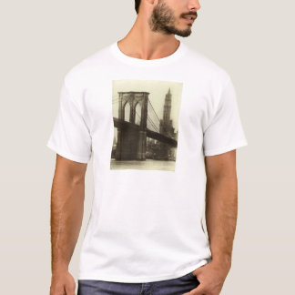Vintage Brooklyn Bridge New York City Skyline T-Shirt