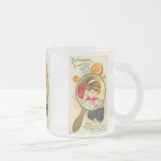 Vintage Child in Mirror Bobbing For Apples Mug