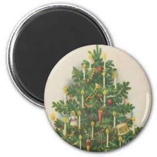Vintage Christmas Tree Greetings 6 Cm Round Magnet