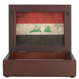 Vintage Distressed Flag of Iraq Keepsake Box