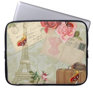 """Vintage Eiffel Tower 15"""" Laptop Case"""
