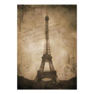 vintage eiffel tower announcement