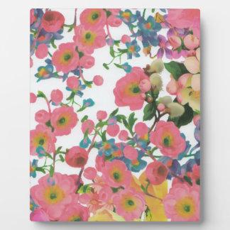 vintage elegant flowers floral theme pattern plaque
