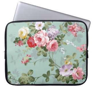 Vintage Elegant Pink Red Roses Pattern Laptop Computer Sleeves