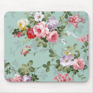 Vintage Elegant Pink Red Roses Pattern Mouse Pad
