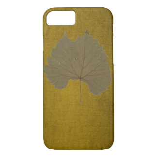 Vintage fall rust leaf with rustic touch iPhone 7 case