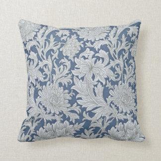 Vintage Floral Chrysanthemum Pattern Cushion