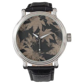 Vintage flower printed watch