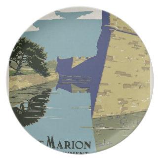 Vintage Fort Marion Plate