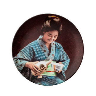 Vintage Geisha Imbibing in a Cup of Sake old Japan Plate