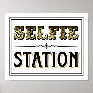Vintage Gold SELFIE STATION Sign Print